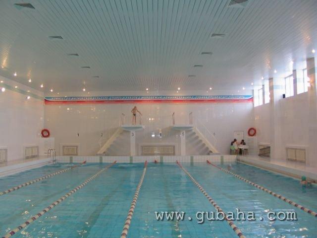 Губаха basseyn08.jpg Бассейн на лыжной базе Горнолыжный центр Губаха горные лыжи сноуборд Город Губаха Фото