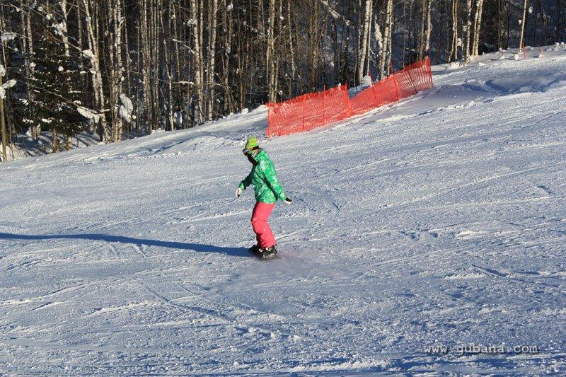 Губаха gubakha_08.jpg ГЛЦ Губаха - февраль 2011 Горнолыжный центр Губаха горные лыжи сноуборд Город Губаха Фото