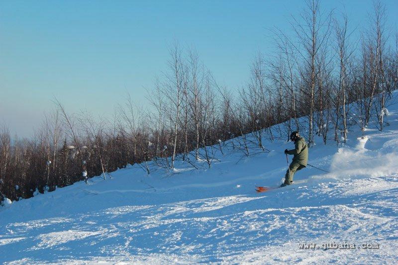 Губаха gubakha_45.jpg ГЛЦ Губаха - февраль 2011 Горнолыжный центр Губаха горные лыжи сноуборд Город Губаха Фото