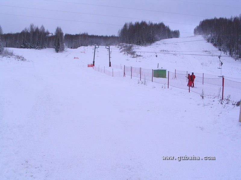 Губаха gubaha_28112009_07.jpg Ноябрь 2009 Горнолыжный центр Губаха горные лыжи сноуборд Город Губаха Фото