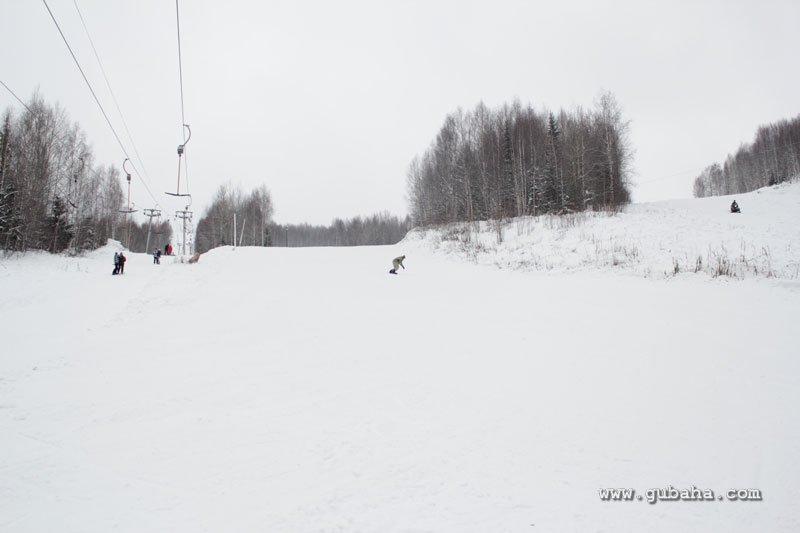 Губаха gubaha_2011_2012_0002.jpg ГЛЦ Губаха - сезон 2011-2012 Горнолыжный центр Губаха горные лыжи сноуборд Город Губаха Фото