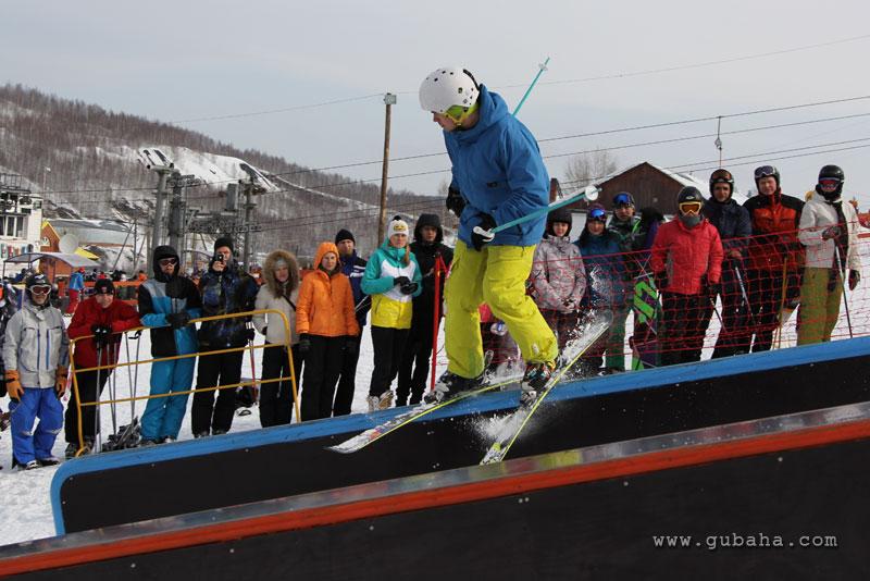 Губаха gubaha_2011_2012_1187.jpg ГЛЦ Губаха - сезон 2011-2012 Горнолыжный центр Губаха горные лыжи сноуборд Город Губаха Фото