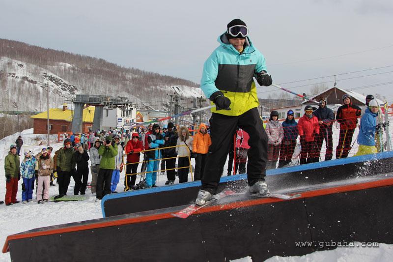 Губаха gubaha_2011_2012_1236.jpg ГЛЦ Губаха - сезон 2011-2012 Горнолыжный центр Губаха горные лыжи сноуборд Город Губаха Фото