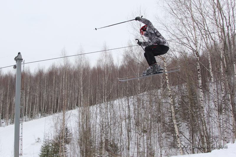 Губаха gubaha_2011_2012_1289.jpg ГЛЦ Губаха - сезон 2011-2012 Горнолыжный центр Губаха горные лыжи сноуборд Город Губаха Фото