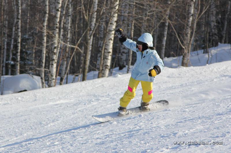 Губаха gubaha_2011_2012_1339.jpg.jpg ГЛЦ Губаха - сезон 2011-2012 Горнолыжный центр Губаха горные лыжи сноуборд Город Губаха Фото