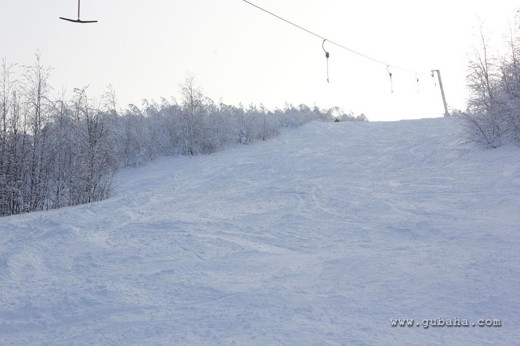 Губаха gubakha_2012_2013_0706.jpg ГЛЦ Губаха - сезон 2012-2013 Горнолыжный центр Губаха горные лыжи сноуборд Город Губаха Фото
