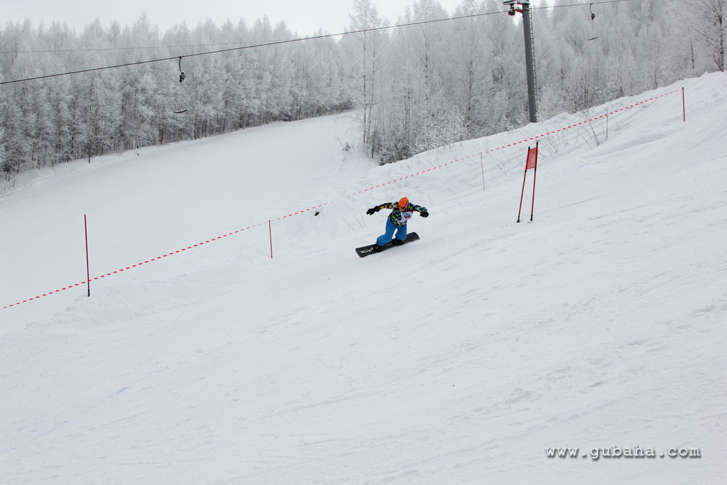 Губаха gubakha_2012_2013_1033.jpg ГЛЦ Губаха - сезон 2012-2013 Горнолыжный центр Губаха горные лыжи сноуборд Город Губаха Фото
