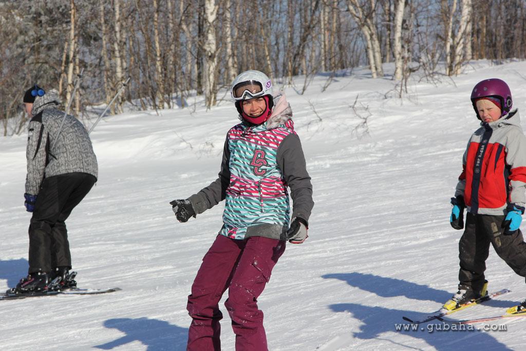 Губаха gubakha_2012_2013_1501.jpg ГЛЦ Губаха - сезон 2012-2013 Горнолыжный центр Губаха горные лыжи сноуборд Город Губаха Фото