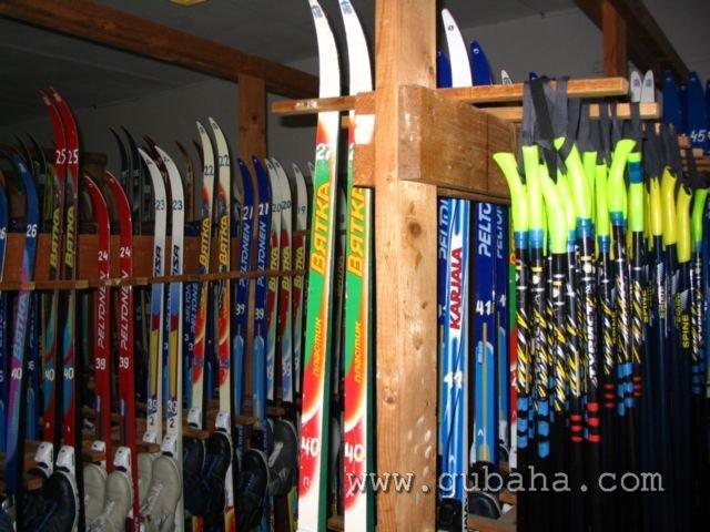Губаха foto06.jpg Лыжная база 2 Горнолыжный центр Губаха горные лыжи сноуборд Город Губаха Фото
