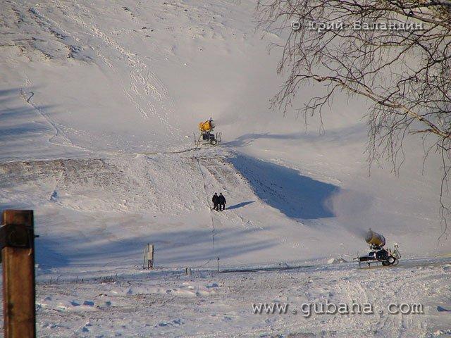 Губаха foto34.jpg Банное и Абзаково декабрь 2006 Горнолыжный центр Губаха горные лыжи сноуборд Город Губаха Фото