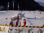 Губаха | photo38.jpg | Австрия - январь 2006 | Горнолыжный центр Губаха горные лыжи сноуборд Город Губаха Фото